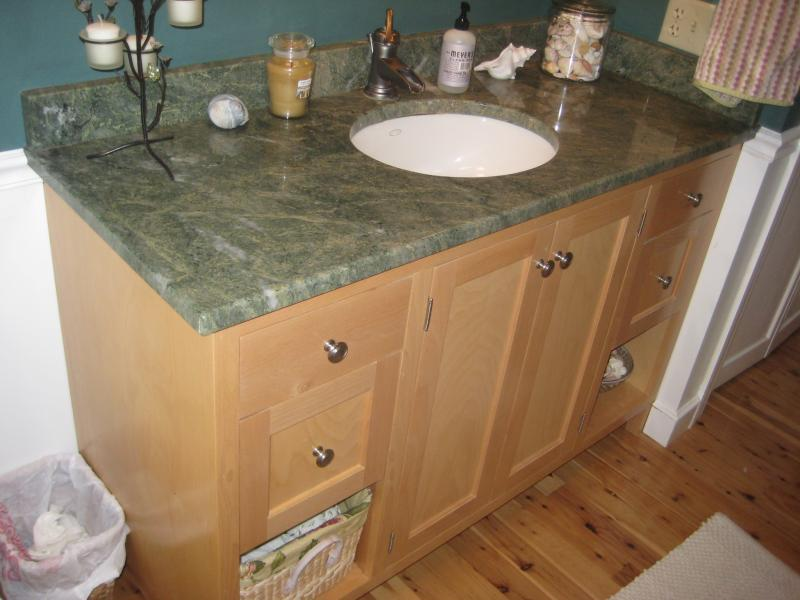 Built In Bathroom Vanities And Cabinets Home Design